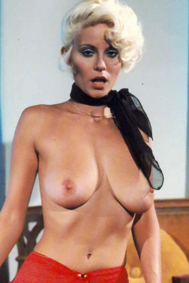 A nude somali woman